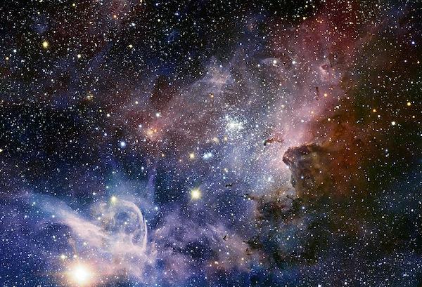 Stars-Carina_Nebula